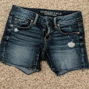 American Eagle cutoff jeans size 4
